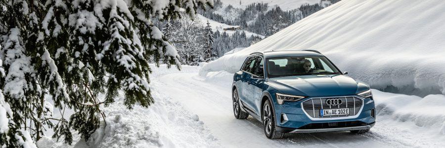 Audi E-Trom im Schnee